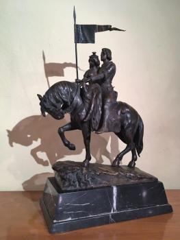 große Bronzefigur auf Marmorsockel; Junges Paar hoch zu Ross; sign. Schmidt-Felling auf